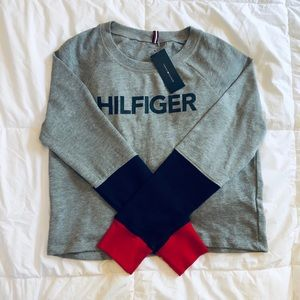 NWT Tommy Hilfiger Women's Grey Crewneck